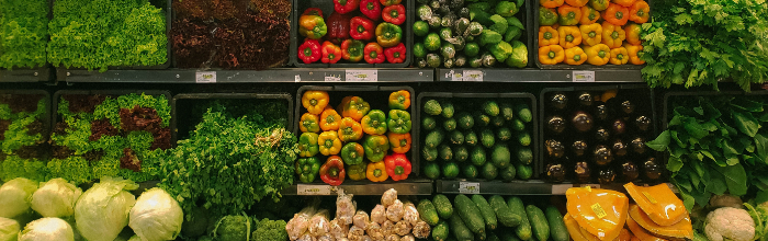 picture of vegetables in grocery store
